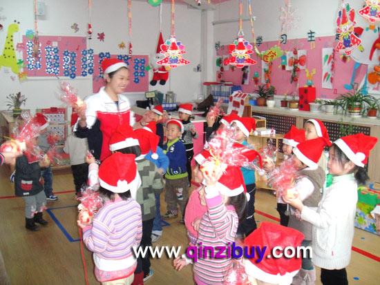 幼儿园圣诞节环境布置:圣诞节教室5—幼儿园环境布置