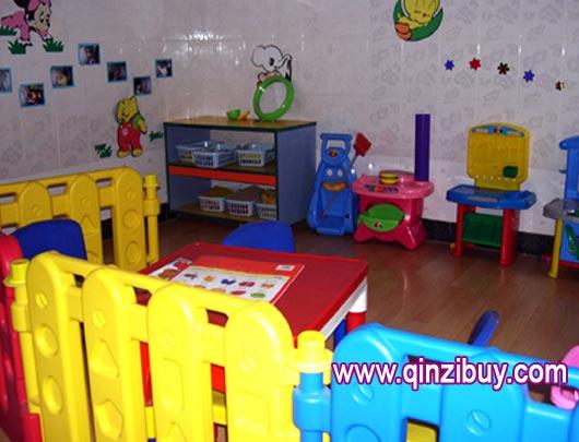 区角环境:娃娃家2—幼儿园环境布置图片