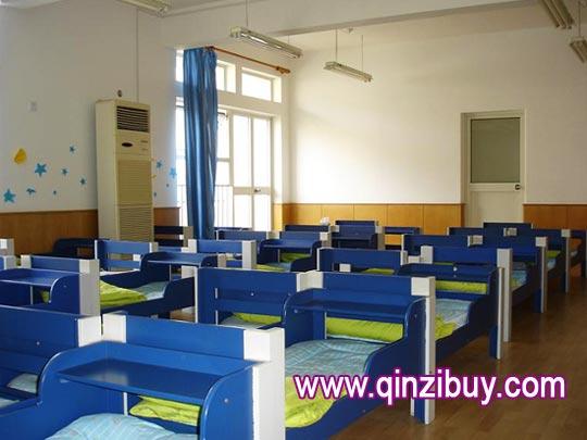 幼儿园环境布置:午休室—幼儿园环境布置图片