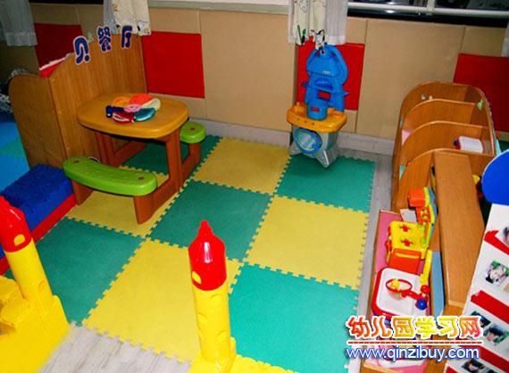 幼儿园生活环境布置:小餐厅