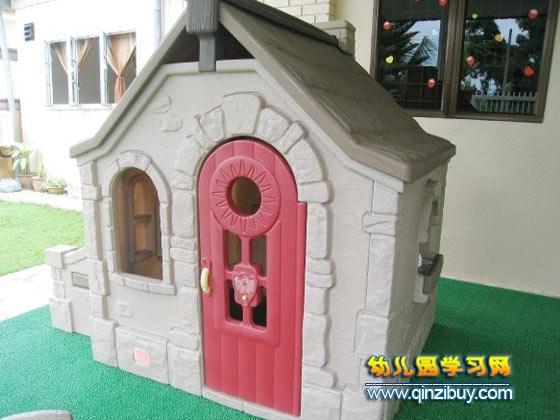幼儿园校园环境图片:小房子