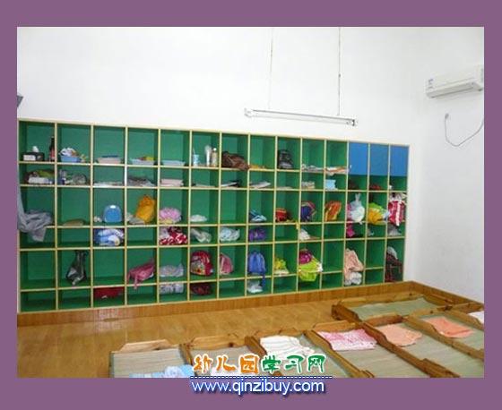 儿童午睡室_幼儿园区角环境布置图片1