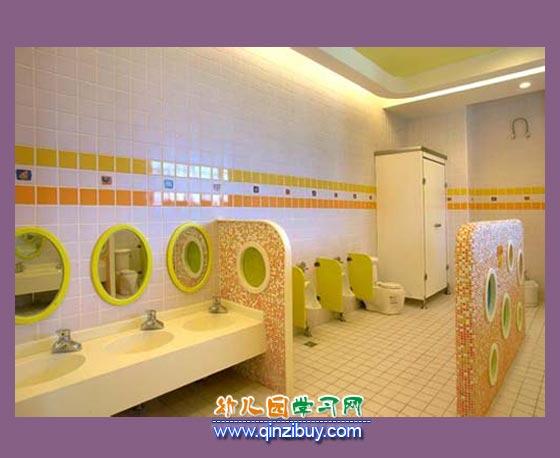 卡通盥洗室_幼儿园区角环境创设3—幼儿园环境布置图片
