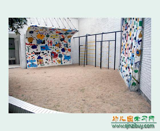漂亮的玩沙池_幼儿园户外环境设计