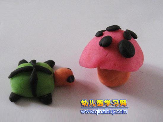 蘑菇的橡皮泥作品3