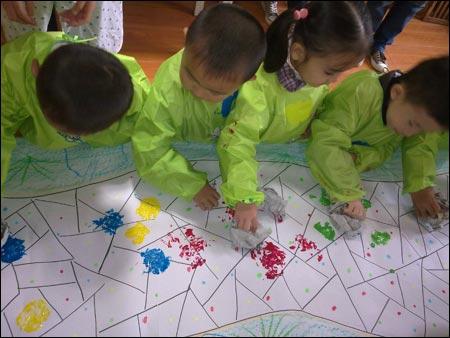 幼儿园中班美术教案:水果脸谱
